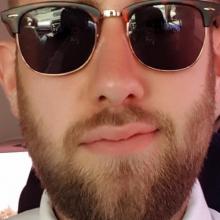 Male Professional, Kian, seeking flatmate in Shoreditch