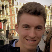 Male Professional, LukeCorrell, seeking flatmate in Shoreditch
