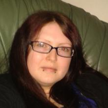 Female Professional, Debbie, seeking flatmate in Portsmouth