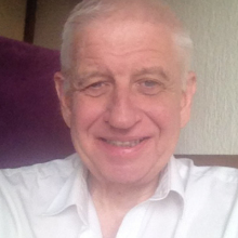 Male Professional, Paul, seeking flatmate