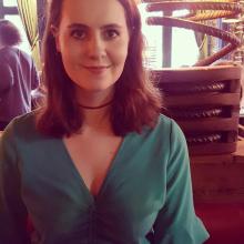 Female Freelancer/self employed, Iona, seeking flatmate in London