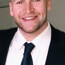 Male Professional, Oscar, seeking flatmate in Leeds
