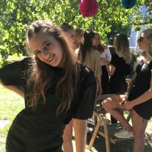 Female Professional, ElinSkoglund, seeking flatmate in West London