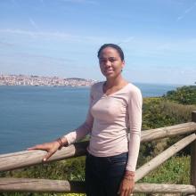Female Student, PaulaReis, seeking flatmate in London