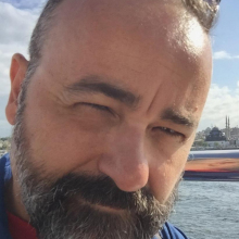 Male Professional, Massimiliano, seeking flatmate in West London