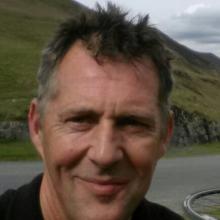 Male Professional, Joss, seeking flatmate in North London