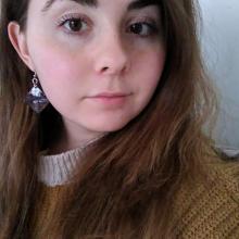 Female Professional, Alejandra, seeking flatmate in London