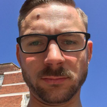 Male Professional seeking roomshare in Brixton