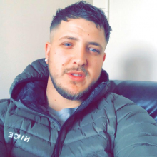 Male Professional seeking roomshare in Durham