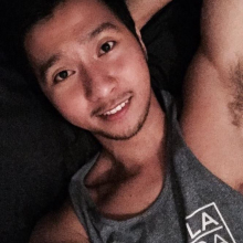 Male Professional, GioYu, seeking flatmate in London
