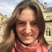 Female Student, SelvieNeziri, seeking flatmate in Bath