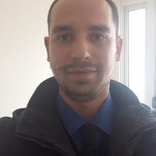 Male Professional, Bilgin, seeking flatmate in Essex