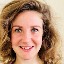 Female Professional, Klaudia, seeking flatmate in North London
