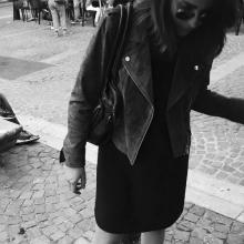 Female Student, Mathilde, seeking flatmate in Central London