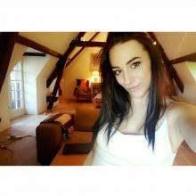 Female Professional, IrinaVasileva, seeking flatmate in London