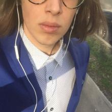 Male Professional, Daniel, seeking flatmate in London