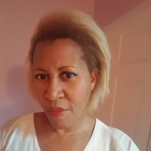 Female Freelancer/self employed, DebbieLewis, seeking flatmate