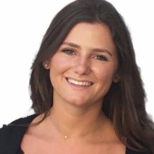 Female Student, Emily, seeking flatmate in London