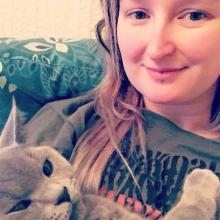 Female Professional, Meg, seeking flatmate in Leeds