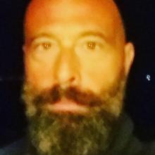 Male Professional, Eyal, seeking flatmate in Kensington And Chelsea