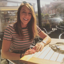 Female Professional, Abi, seeking flatmate in Bethnal Green
