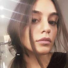 Female Student, Myriam, seeking flatmate in Knightsbridge