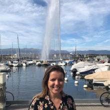 Female Professional, Beatriz, seeking flatmate