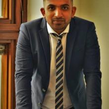 Male Professional, Pratik, seeking flatmate in Stratford