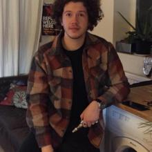 Male Professional, Elias.razak, seeking flatmate in London, United Kingdom