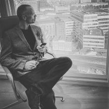 Male Professional, ChrisLaing, seeking flatmate in Basildon