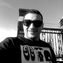 Male Freelancer/self employed, IonutBocioaga, seeking flatmate in London