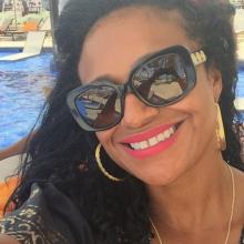 Female Professional, Cheryl, seeking flatmate