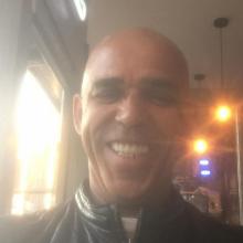Male Freelancer/self employed, Anthony, seeking flatmate in Manchester