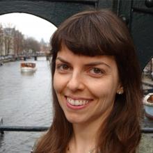 Female Professional, Maria , seeking flatmate