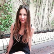 Female Student, Leonor piñeira, seeking flatmate in London