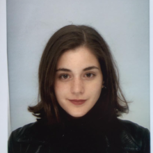 Female Professional, Adri, seeking flatmate in Westminster