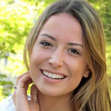 Female Student, Ingrid, seeking flatmate in Zone 1