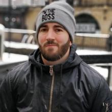 Male Professional, Gonzalo, seeking flatmate