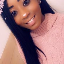 Female Professional, Siana, seeking flatmate