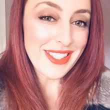 Female Professional seeking roomshare in St Helens