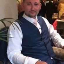 Male Professional seeking roomshare in Gillingham