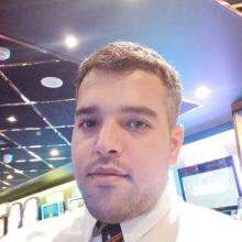 Male Professional seeking roomshare in Neasden