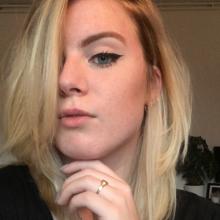 Female Student seeking roomshare in Greenwich