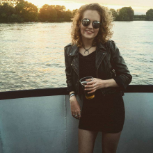 Female Professional seeking roomshare in Brixton