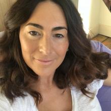 Female Professional, Rio, seeking flatmate in Zone 1