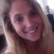 Female Professional, Algatignol, seeking flatmate in London, United Kingdom