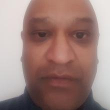 Male Professional, Shafiq, seeking flatmate