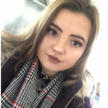 Female Professional, Chelsea, seeking flatmate in Kent