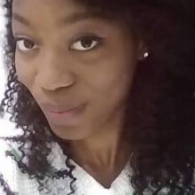 Female Professional, Divine, seeking flatmate