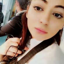 Female Professional, Rafiaijaz456, seeking flatmate in London